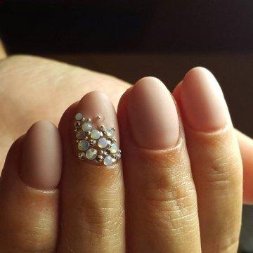 Матовые ногти: модные тенденции и идеи 2019 года