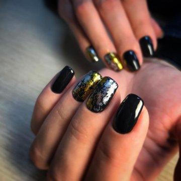 Черный маникюр: модные тенденции, 172 фото 2020
