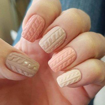"""Вязаный маникюр: идеи дизайна """"свитер"""" на ногтях"""