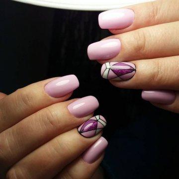 Геометрические рисунки на ногтях: фото-новинки 2018