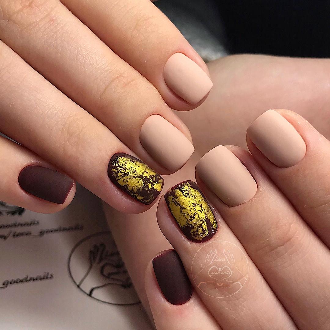 Матовые ногти с фольгой фото