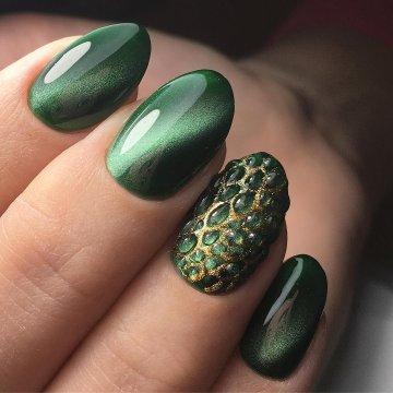 Зеленый дизайн ногтей: идеи, фото-новинки 2020