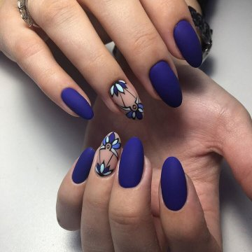 Синий маникюр 2018: модные тенденции, фото-новинки