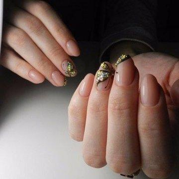 Дизайн овальных и круглых ногтей: фото-новинки 2019