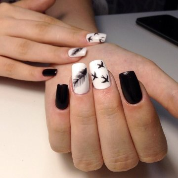 Чёрно-белый дизайн ногтей: фото-новинки 2019