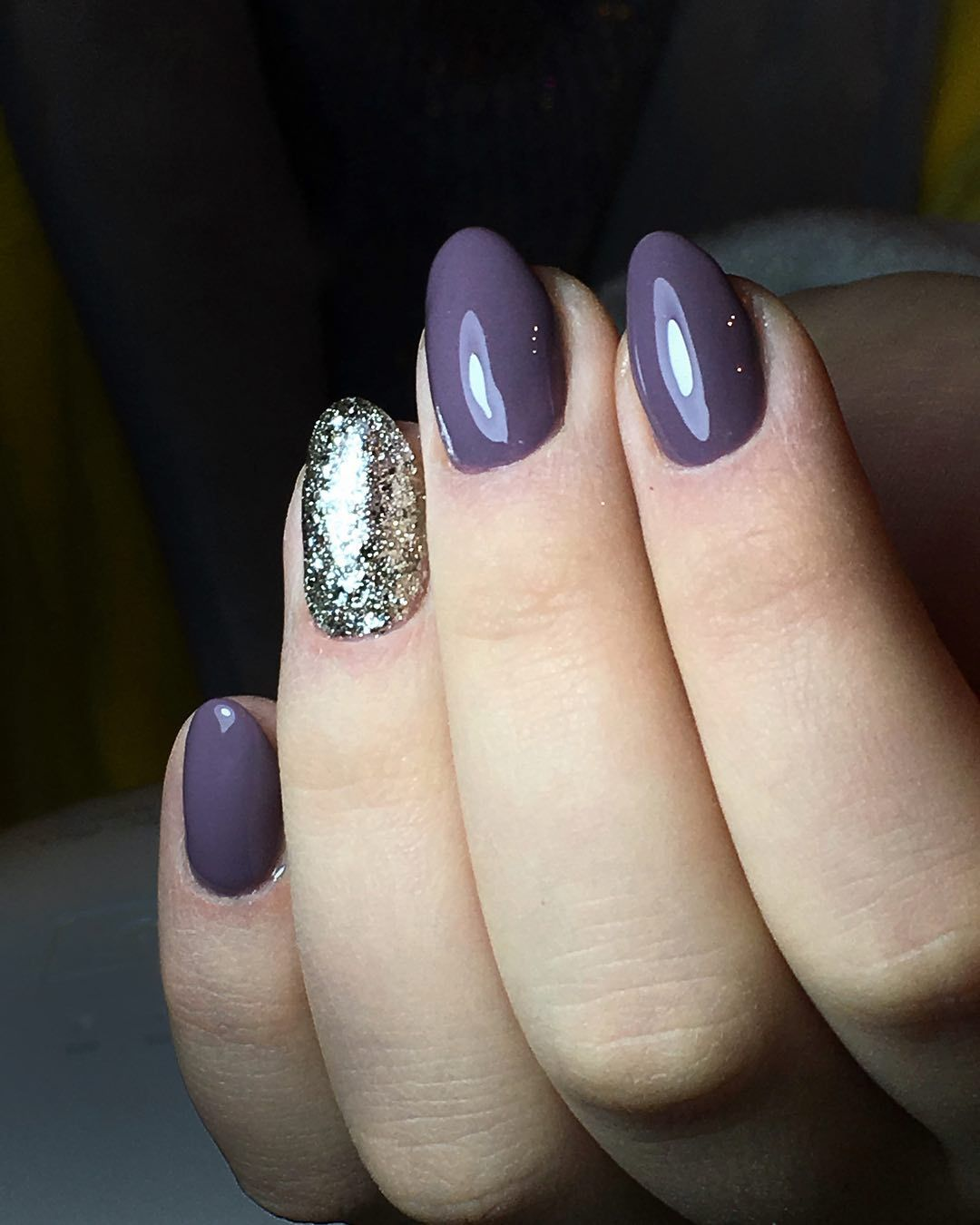 Маникюр форма ногтей миндаль