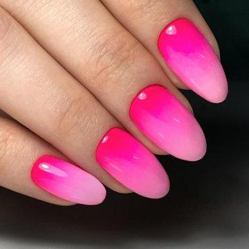 Градиент, омбре на ногтях: модные тенденции, фото 2019