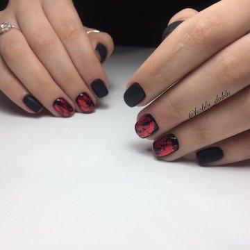Черный матовый маникюр: фото-идеи дизайна ногтей