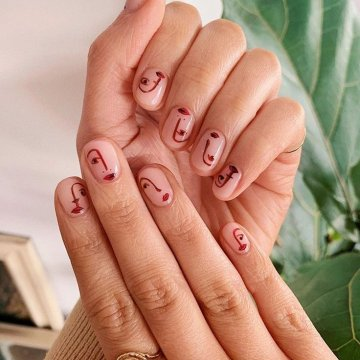 Модный нейл-арт: картины в стиле Пикассо на ногтях. Фотоидеи 2020 года