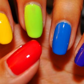 Разноцветный ноготки: модные варианты маникюра 2020